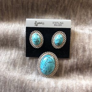 Set of turquoise pin and earrings.